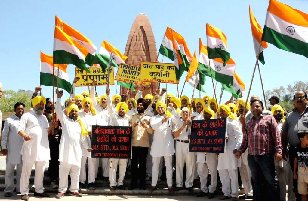 All India Anti Terrorist Front Chairman MS Bitta pays tribute to martyrs on the eve of Jallianwala Bagh Massacre anniversary at the Jallianwala Bagh Martyrs' memorial in Amritsar on April ...