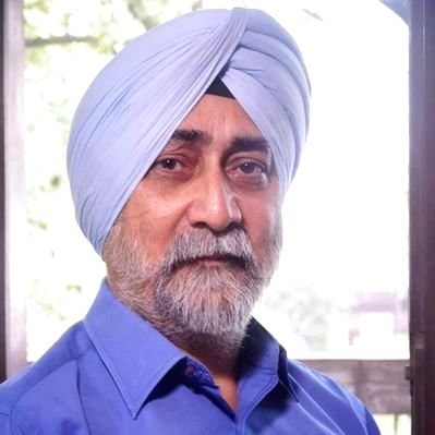 All India Kisan Sangharsh Coordination Committee (AIKSCC) convener V.M. Singh on Wednesday announced to quit the ongoing farmers' protest - the first leader to distance himself from the agitation as ... - M. Singh