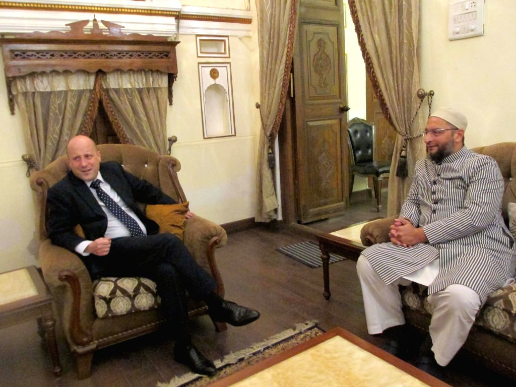 All India Majlis-e-Ittehadul Muslimeen (AIMIM) chief Asaduddin Owaisi meets British Deputy High Commissioner to India Alexander Evans in Hyderabad on Nov 28, 2017.