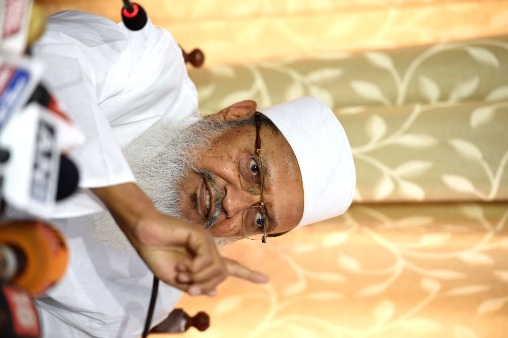 All India Muslim Personal Law Board general secretary Maulana Wali Rahmani. (File Photo: IANS)