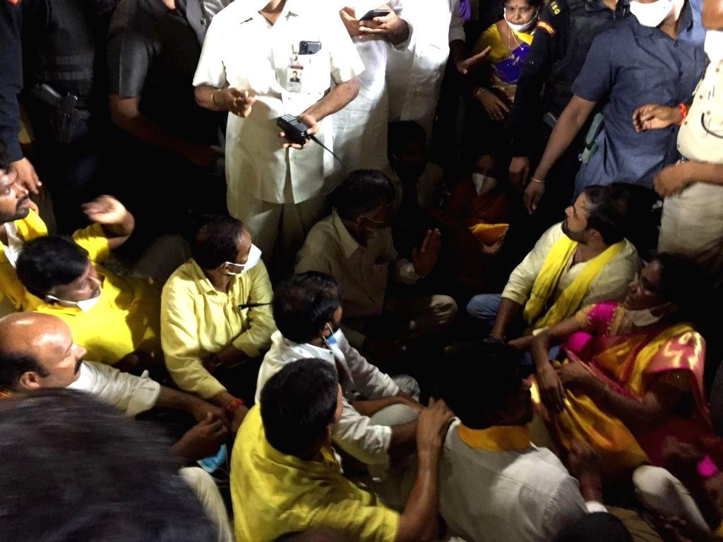 Alleging stone pelting, Naidu calls AP govt 'rowdy kingdom'.