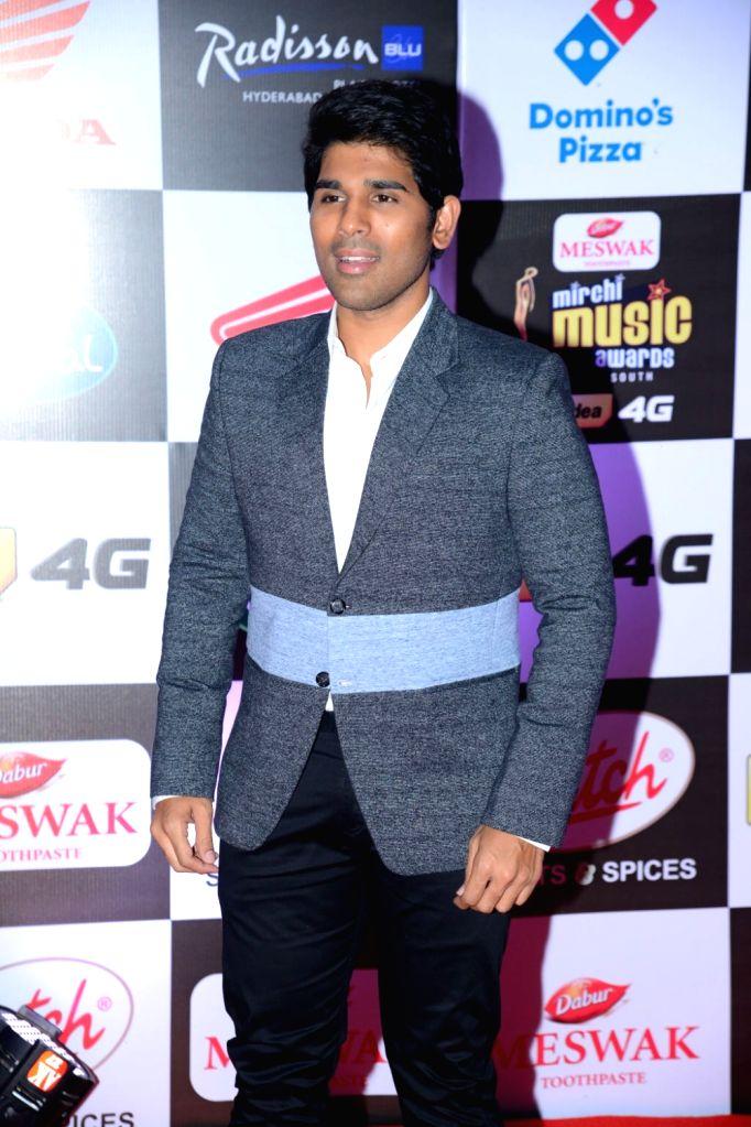 Allu Sirish at Mirchi Music Awards South 2016, on July 27, 2016.