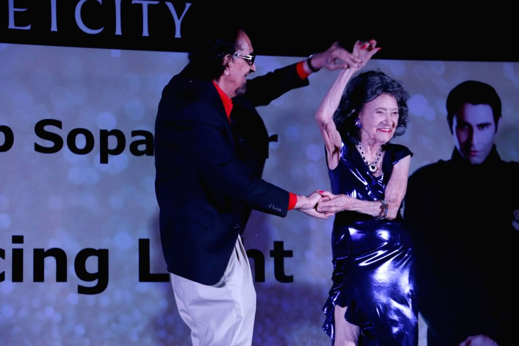 Alyque Padamsee with Armenian champion ballroom dancer Tao Porcheon during the launch of book The Dancing Light in Mumbai on Dec 26, 2015