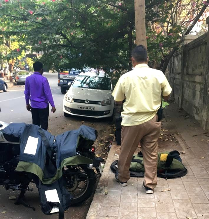 Ambani resident near Scorpio car in 25th jiletin sticks given they are search Bomb defused squat and searching operation in Mumbai on Friday, February 26, 2021.Pic.