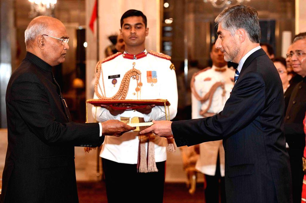 Ambassador-designate of Chile, Juan Rolando Angulo Monsalve presents his credentials to President Ram Nath Kovind at Rashtrapati Bhavan in New Delhi, on March 13, 2019. - Nath Kovind