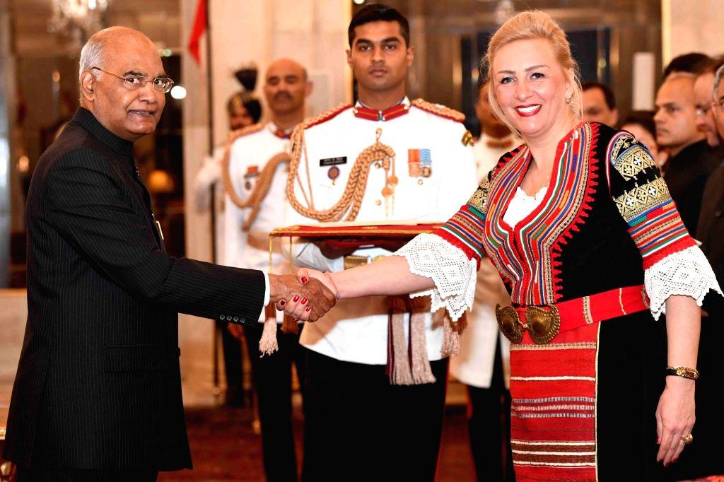 Ambassador-designate of the Republic of Bulgaria, Eleonora Dimitrova presents her credentials to President Ram Nath Kovind at Rashtrapati Bhavan in New Delhi, on March 13, 2019. - Nath Kovind