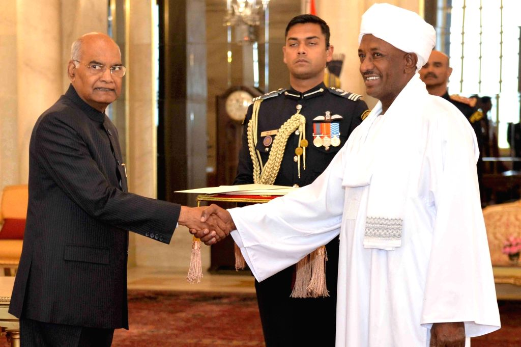 Ambassador-designate of the Republic of Sudan, Ahmed Yousif Mohamed Elsiddig presents his credentials to President Ram Nath Kovind at Rashtrapati Bhavan in New Delhi, on Feb 8, 2019. - Nath Kovind