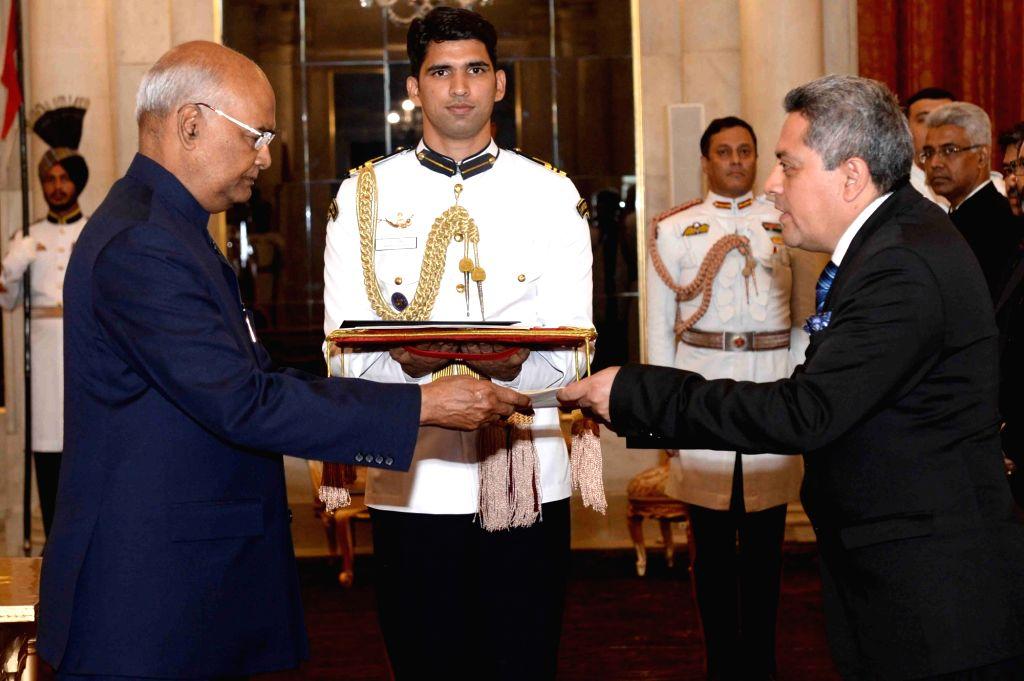 Ambassador of the Republic of Ecuador, Hector Cueva Jacome presents his credentials to President Ram Nath Kovind at Rashtrapati Bhavan, in New Delhi on July 11, 2018. - Nath Kovind