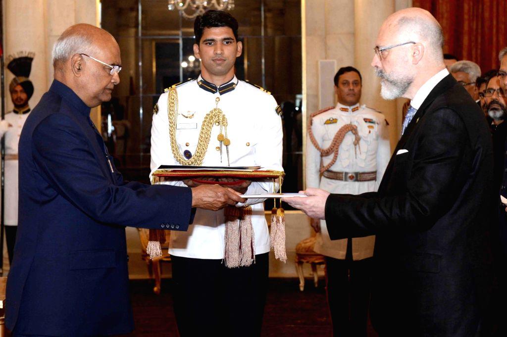 Ambassador of Uruguay, Alvaro A. Malmierca presents his credentials to President Ram Nath Kovind at Rashtrapati Bhavan, in New Delhi on July 11, 2018. - Nath Kovind