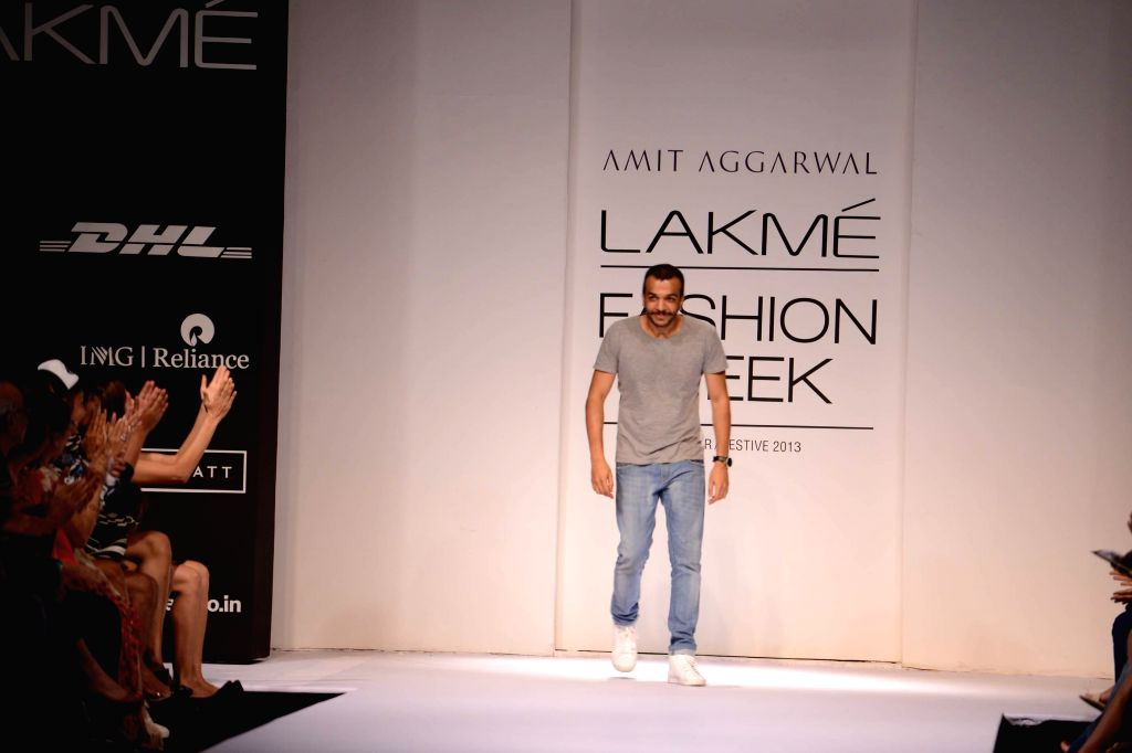 Amit Aggarwal is LFW's Grand Finale designer