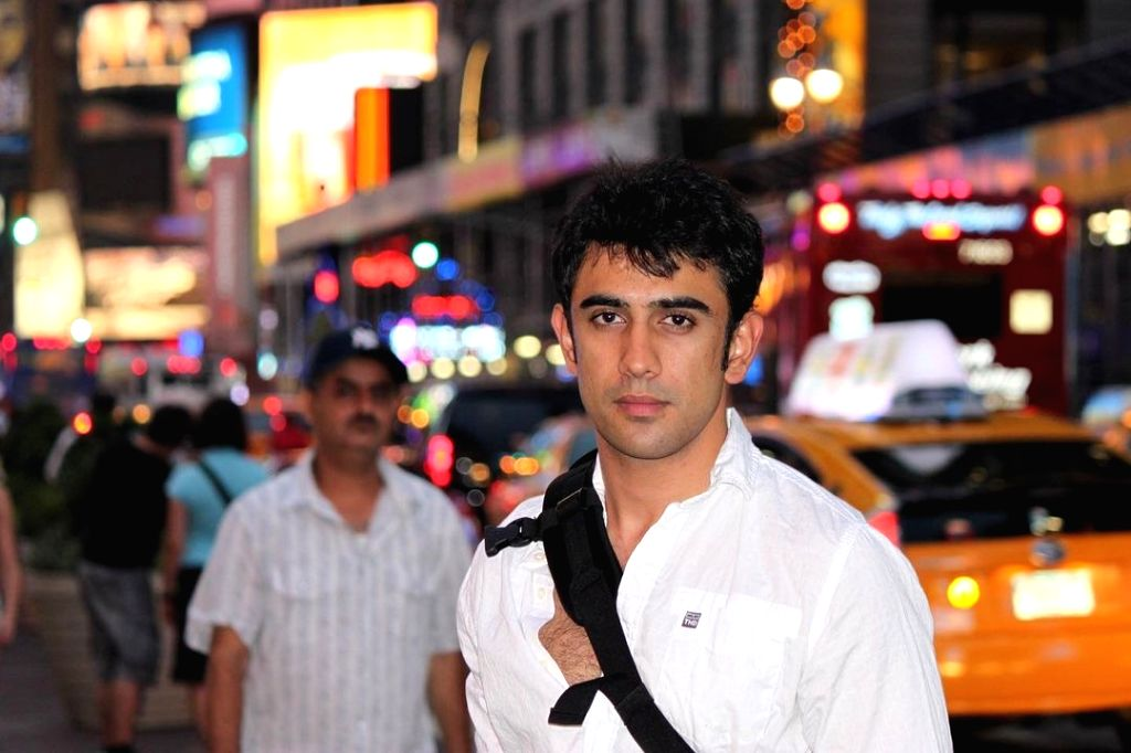 Amit Sadh shares decade old picture of himself .
