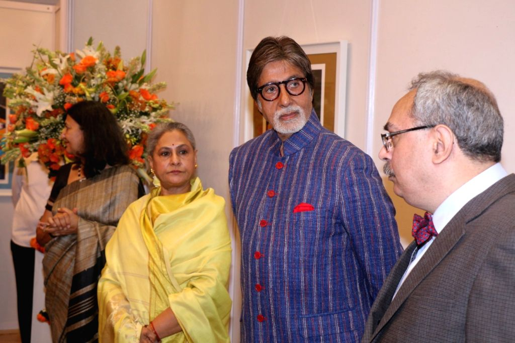Amitabh Bachchan along with his wife Jaya Bachchan. (Photo:IANS) - Amitabh Bachchan and Jaya Bachchan