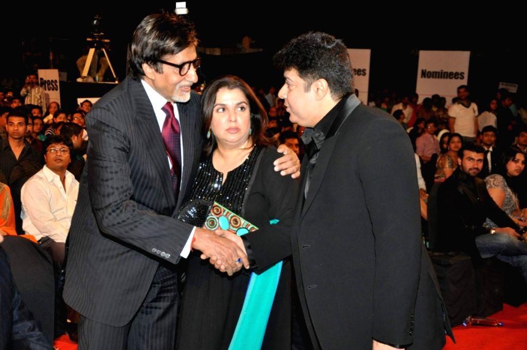 Amitabh Bachchan, Farah Khan and Sajid Khan at Stardust Awards 2010 in Mumbai. - Farah Khan and Sajid Khan