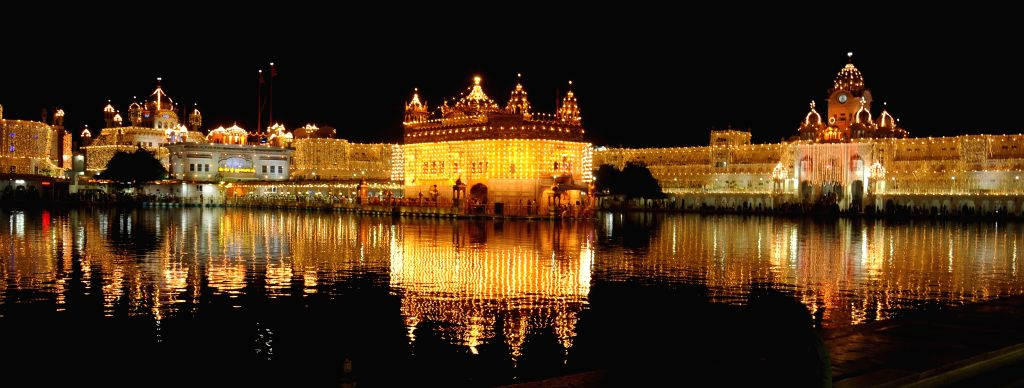 A spectacular view of the Golden Temple on the eve of Guru Nanak Jayanti in Amritsar, on Nov 5, 2014.