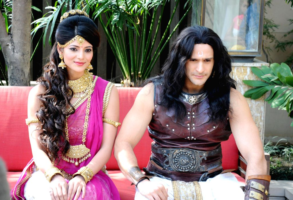 Actors Karan Suchak and Kajal Jain during promotion of their television show `Betal Aur Sinhasan Battisi` in Amritsar, on March 20, 2015. - Karan Suchak and Kajal Jain