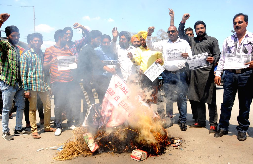 The members of International Human Rights Organisation (IHRO) stage an anti-drug demonstration in Amritsar, on April 8, 2015.