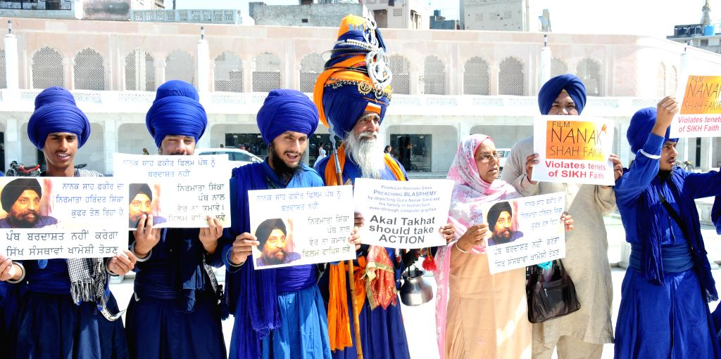 The members of Jatha Neeliyan Faujan stage a demonstration against upcoming film Nanak Shah Fakir at the Golden Temple in Amritsar, on April 9, 2015.