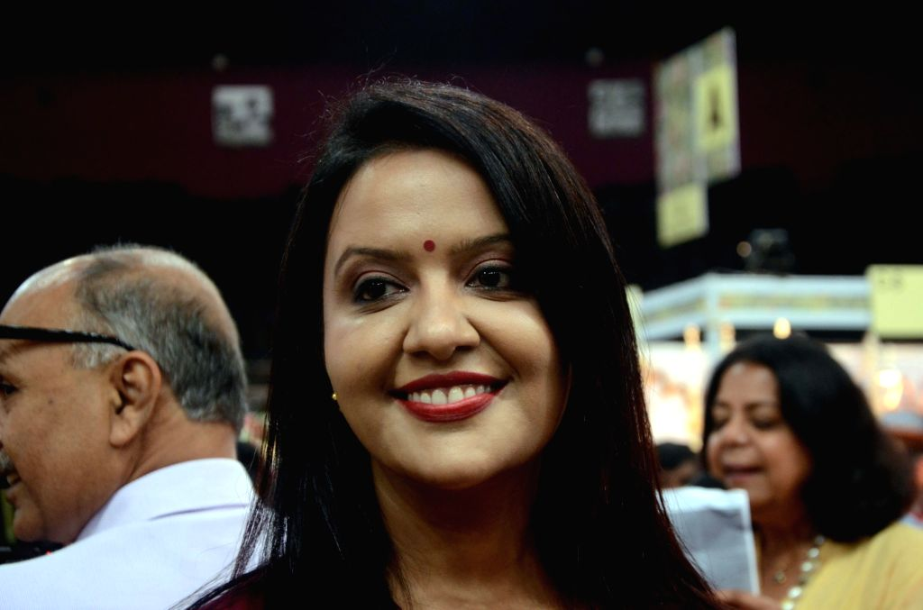 Amruta Fadnavis, singer-Banker and wife of Maharashtra Chief Minister Devendra Fadnavis visits Ruchita Fest 2017 in Mumbai on July 6, 2017. - Devendra Fadnavis