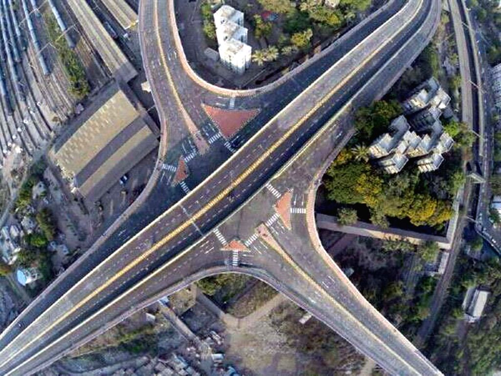 An aerial view of Santacruz Chembur Link Road, one of the critical east-west connectivity which will be opening on 18 April 2014. It is also the country`s first doubledecker flyover and will cut ...