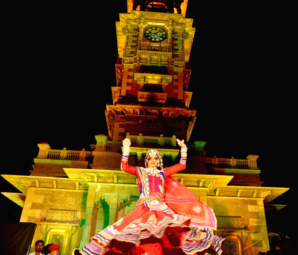 An artist performs during the 'Marwar festival' at Clock Tower in Jodhpur on Oct 27, 2015.