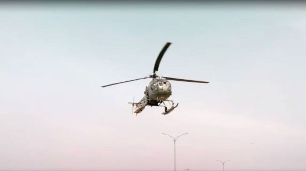 An IAF Cheetah helicopter, flying from the Hindon air base to Halwara on Friday, safely made an emergency landing on the Eastern Peripheral Expressway after a technical snag.