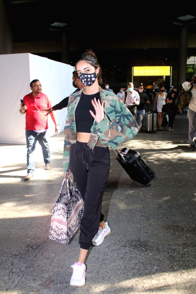 Ananya pandey spotted at airport arrival on Friday 05th March, 2021.