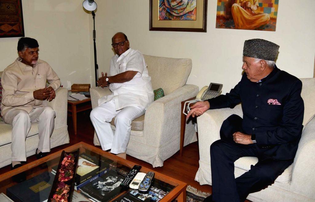 Andhra Pradesh Chief Minister and Telugu Desam Party (TDP) chief N. Chandrababu Naidu, NCP chief Sharad Pawar and National Conference president Farooq Abdullah during a meeting in New ... - N. Chandrababu Naidu