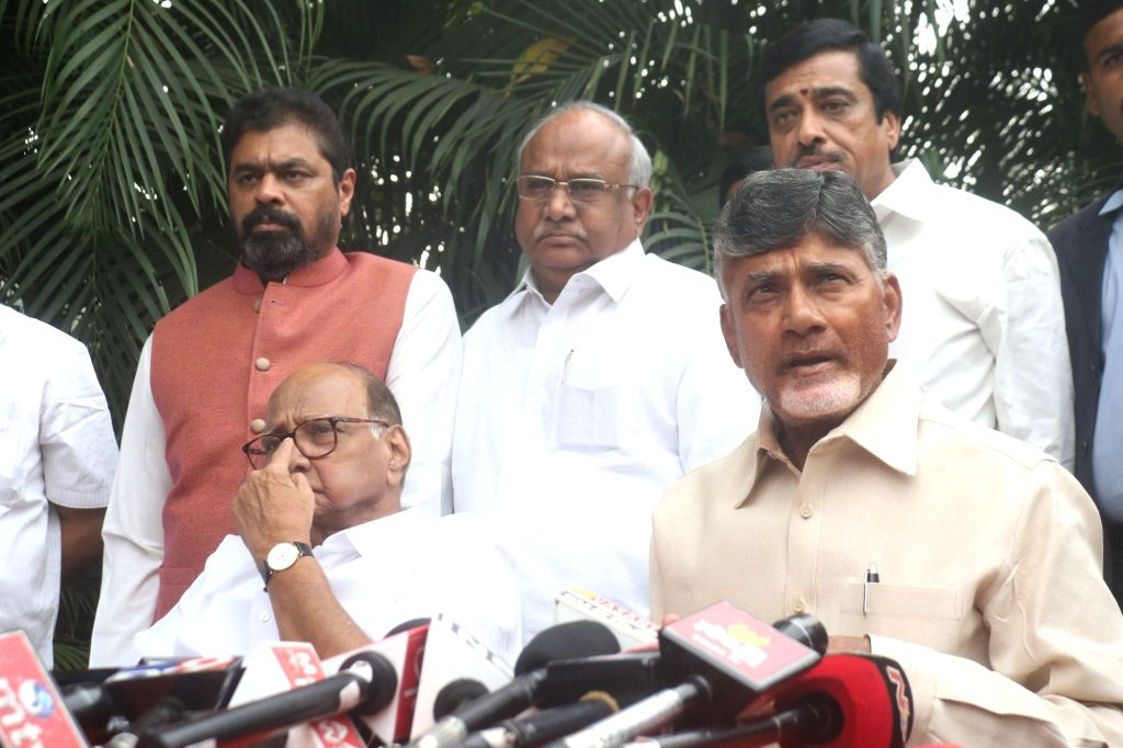 Andhra Pradesh Chief Minister and Telugu Desam Party (TDP) chief N. Chandrababu Naidu and NCP chief Sharad Pawar during the media interactions in New Delhi, on Nov 1, 2018. - N. Chandrababu Naidu