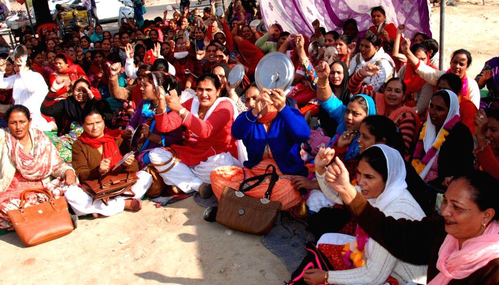 Anganwadi workers. (Photo: IANS)