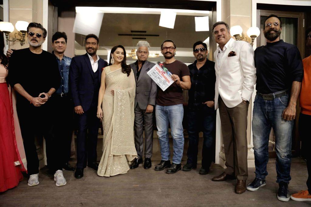 Anil Kapoor, Indra Kumar, Ajay Devgn, madhuri Dixit Nene, Sanjay Mishra, Aamir Khan, Arshad Warsi, Boman Irani and Javed Jaffery - Ajay Devgn, Arshad Warsi, Kapoor, Kumar, Sanjay Mishra, Aamir Khan and Boman Irani