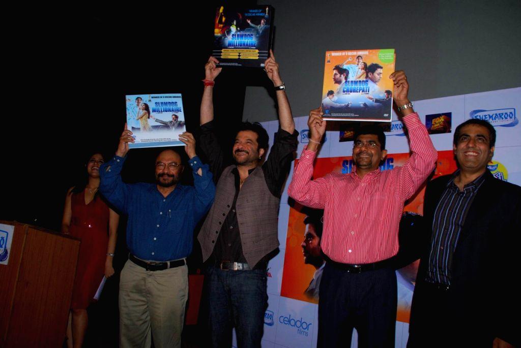 "Anil Kapoor launches ""Slumdog DVD"" by Shemaroo."