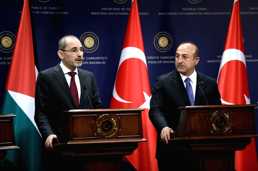 ANKARA, Sept. 18, 2018 - Turkish Foreign Minister Mevlut Cavusoglu (R) attends a joint press conference with his Jordanian counterpart Ayman Safadi in Ankara, Turkey, on Sept. 18, 2018. Turkey will ... - Mevlut Cavusoglu
