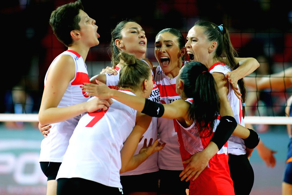 ANKARA, Sept. 5, 2019 - Turkey's players celebrate victory after the quarterfinal match between Turkey and the Netherlands at 2019 Women's European Volleyball Championship in Ankara, Turkey, Sept. 4, ...