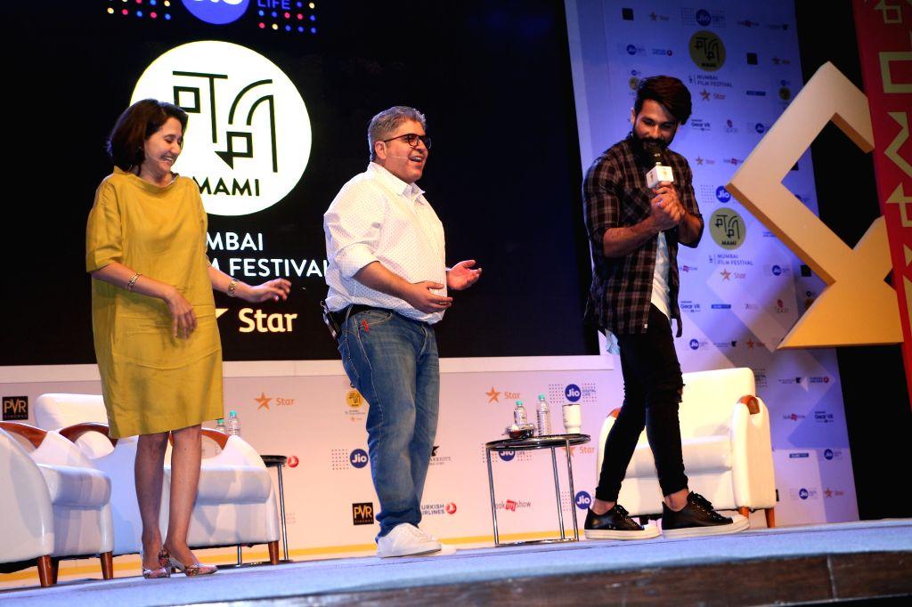 Anupama Chopra, Rajeev Masand and Shahid Kapoor at Jio MAMI Movie Mela with Star - Anupama Chopra and Shahid Kapoor
