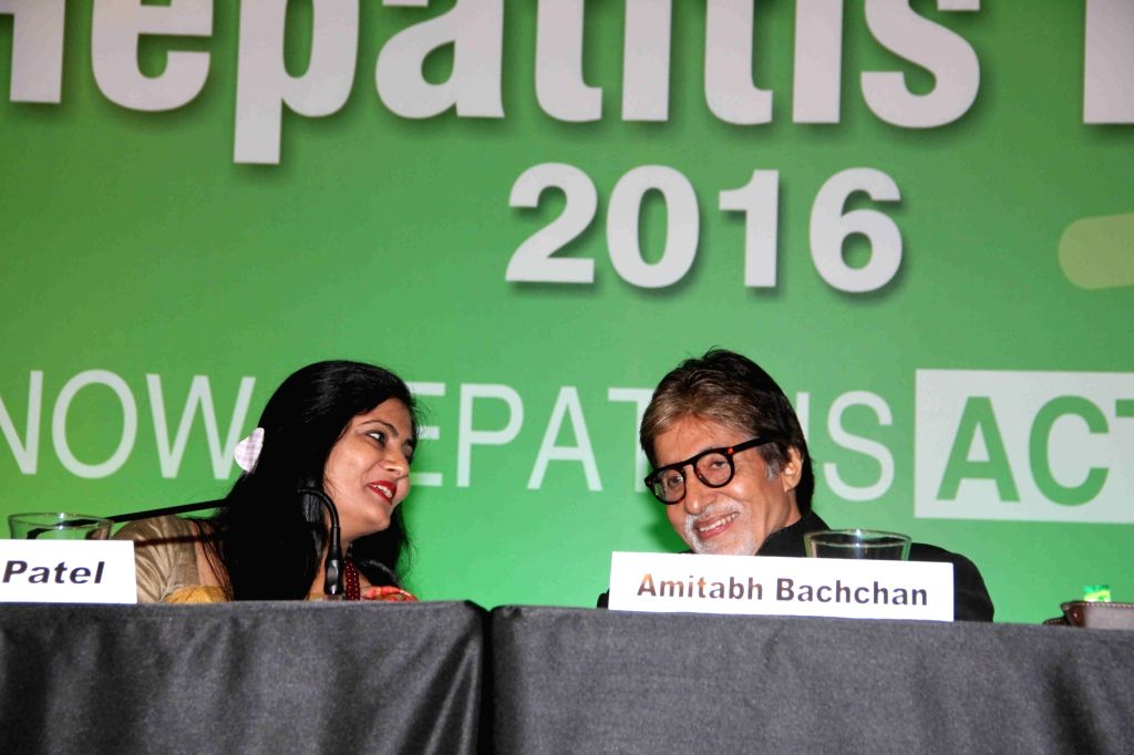 Anupriya Patel, Minister of State in the Ministry of Health and Family Welfare with actor Amitabh Bachchan during the event organised on the World Hepatitis Day by World Health Organisation ... - Amitabh Bachchan and Anupriya Patel