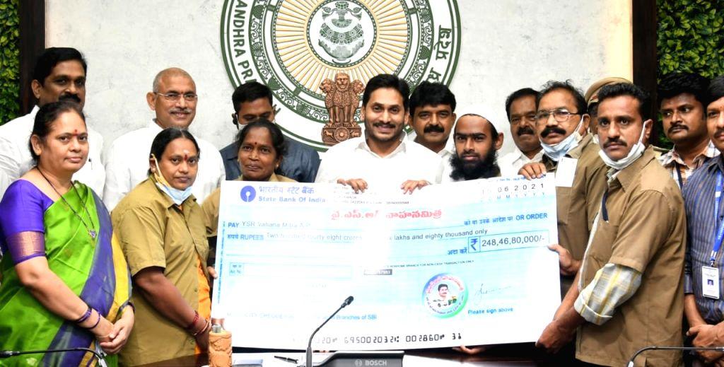 AP credits Rs 10k aid to autorickshaw, cab drivers third time.