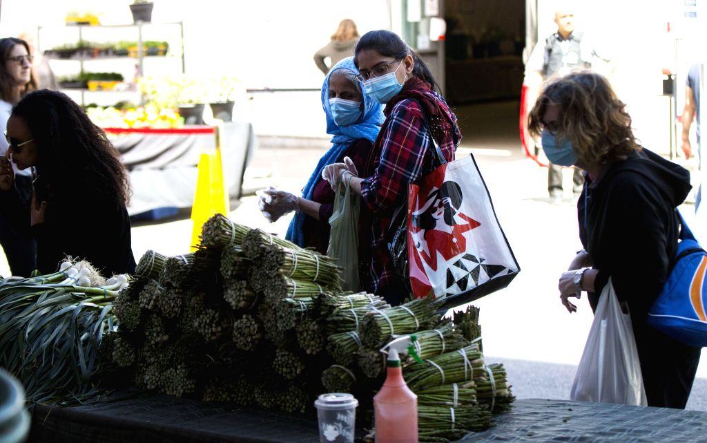 Application process opens for Canadian govt's food surplus program