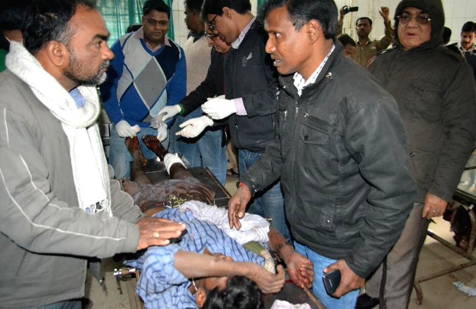 A person injured in a crude bomb blast at Ara civil court in Bhojpur district, about 60 km from Patna being treated at a hospital on Jan 23, 2015. Three people, including a woman, a police ...