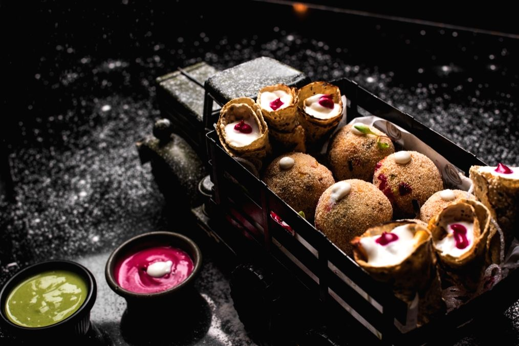 Arancini Ball platter at Mealodrama - Food Shot.