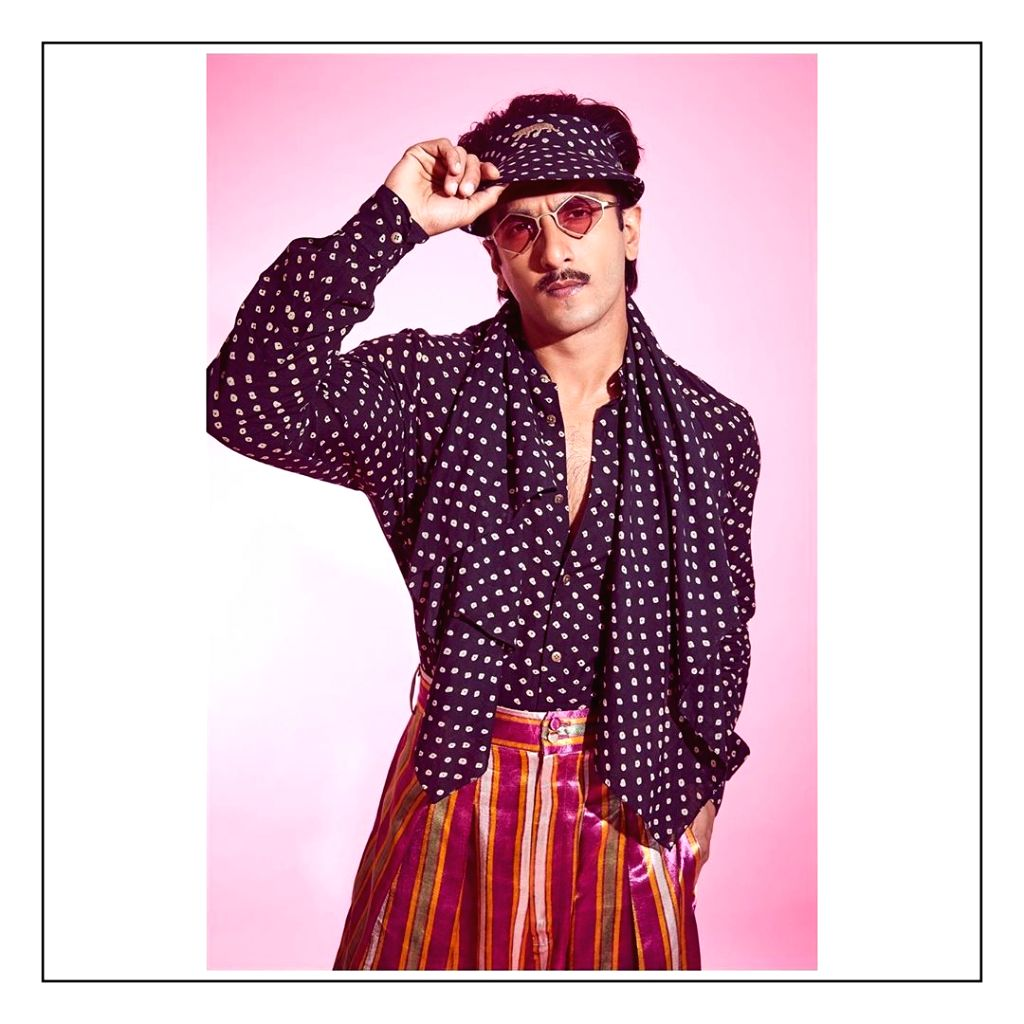 ARanveer Singh in a Bhandani shirt for Sabysachi Mukherjee. - Sabysachi Mukherjee