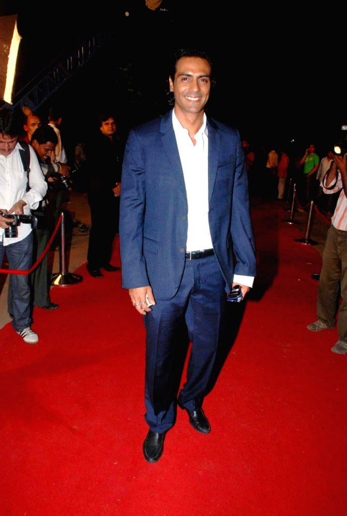 Arjun Rampal at Star Parivaar awards.