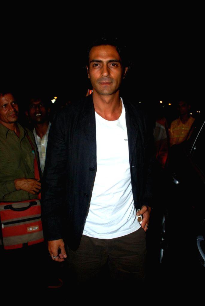 Arjun Rampal leaves for iifa.