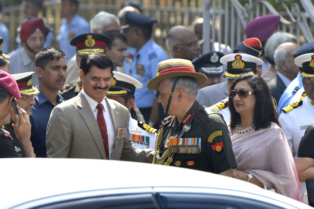 Army Chief General Bipin Rawat along with his predecessor Dalbir Singh Suhag during the state funeral of Marshal of the Indian Air Force (IAF) Arjan Singh at Brar Square in New Delhi on ... - Dalbir Singh Suhag and Arjan Singh