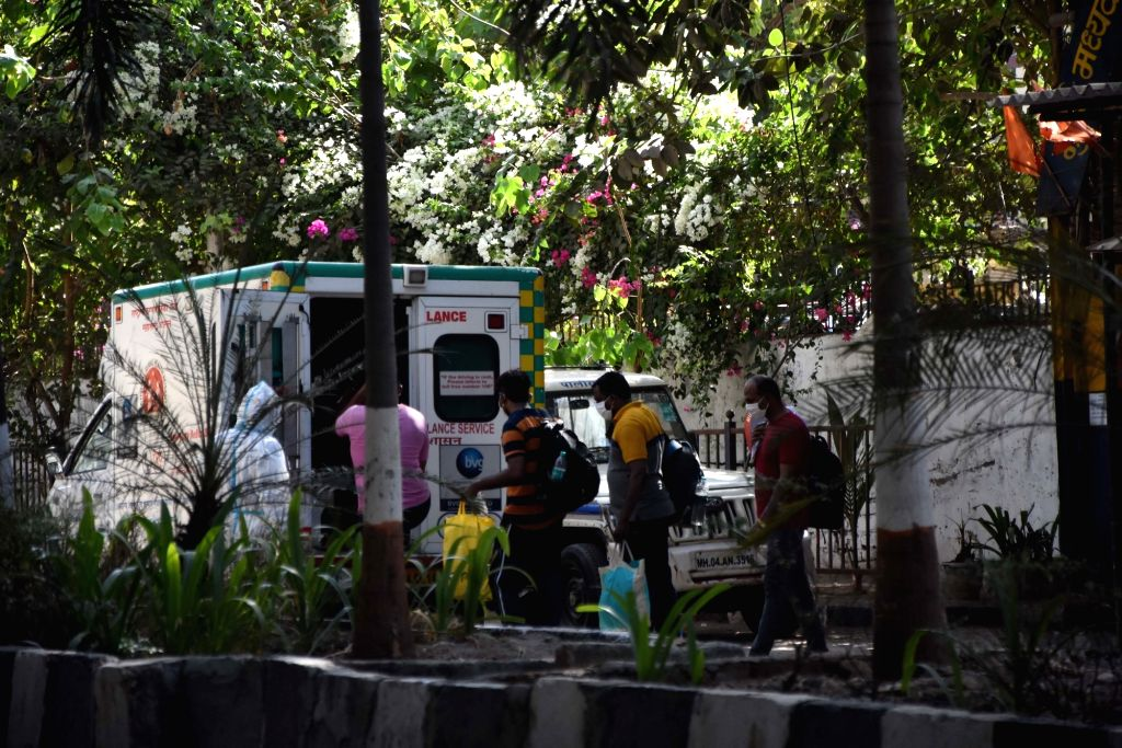 Arthur Road jail staffs who were tested positive for Covid-19 being taken away in an ambulance to hospital for treatment, in Mumbai on May 8, 2020.