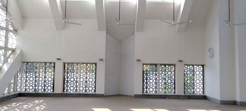 Article: A model mosque.