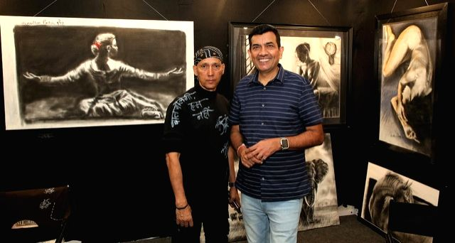 Artist Gautam Patole and chef Sanjeev Kapoor at the India Art Festival 2020. - Gautam Patole and Sanjeev Kapoor