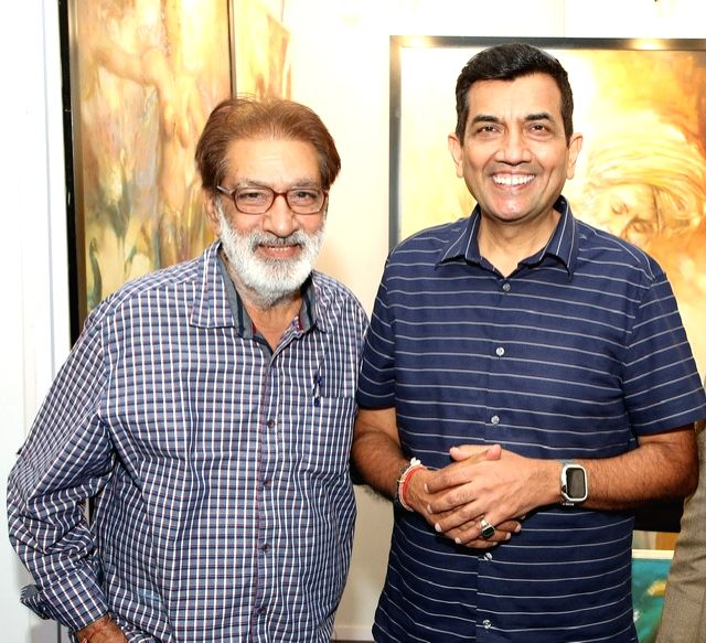 Artist Prithvi Soni with chef Sanjeev Kapoor at the India Art Festival 2020. - Prithvi Soni and Sanjeev Kapoor