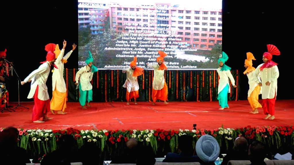 Artistes perform at the inauguration of new building of Alternative Dispute Resolution (ADR) Centre, Ludhiana and District Courts complex, on Sep 21, 2019.
