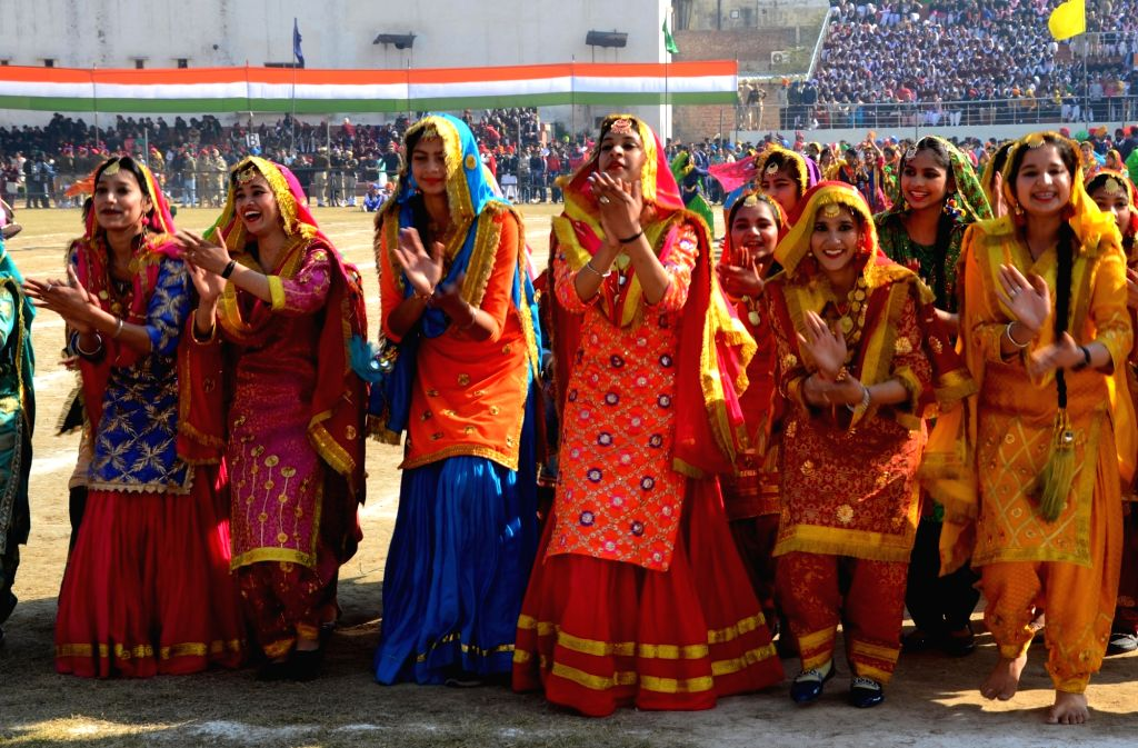 Artistes perform during the 71st Republic Day celebrations in Amritsar on Jan 26, 2020.