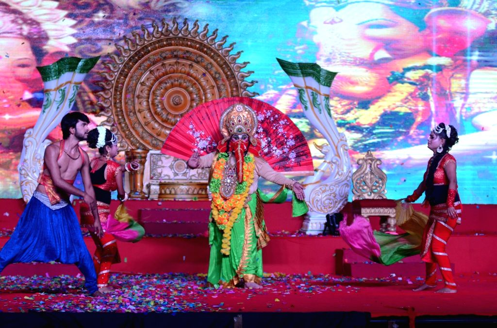 Artistes perform during the dress rehearsal at Lav Kush Ramlila Committee in Lal Quila Maidan of New Delhi on Sept 19, 2017.